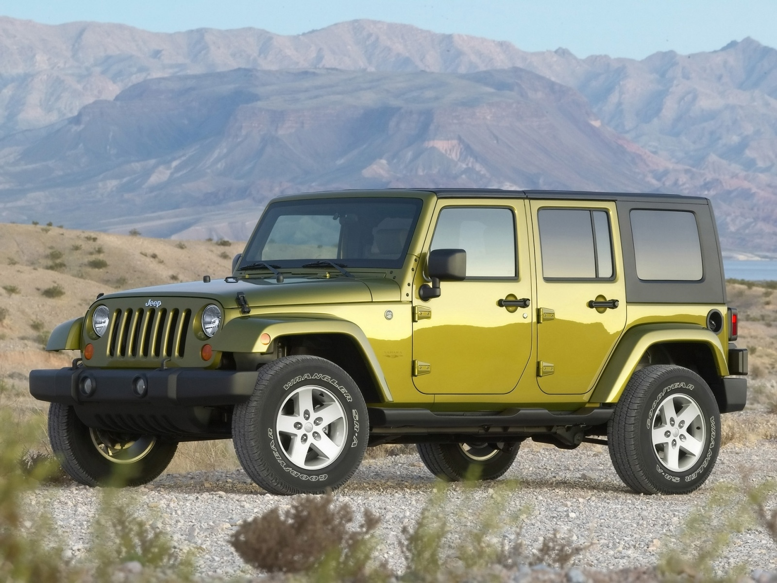 Green Jeep Wrangler Wallpaper Desktop Wallpaper with 1600x1200 1600x1200