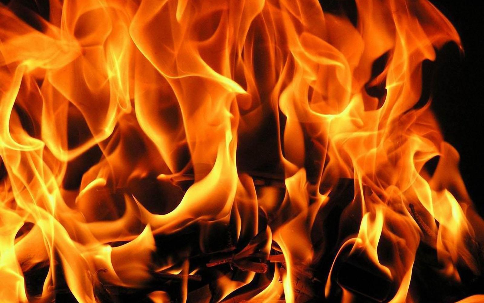 Fire Wallpapers for Desktop - WallpaperSafari