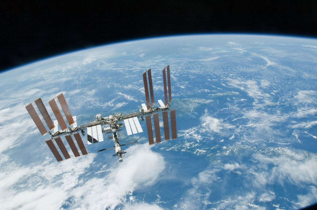 Esa europe space ISS seen from Space Shuttle Endeavour wallpaper 1058x700