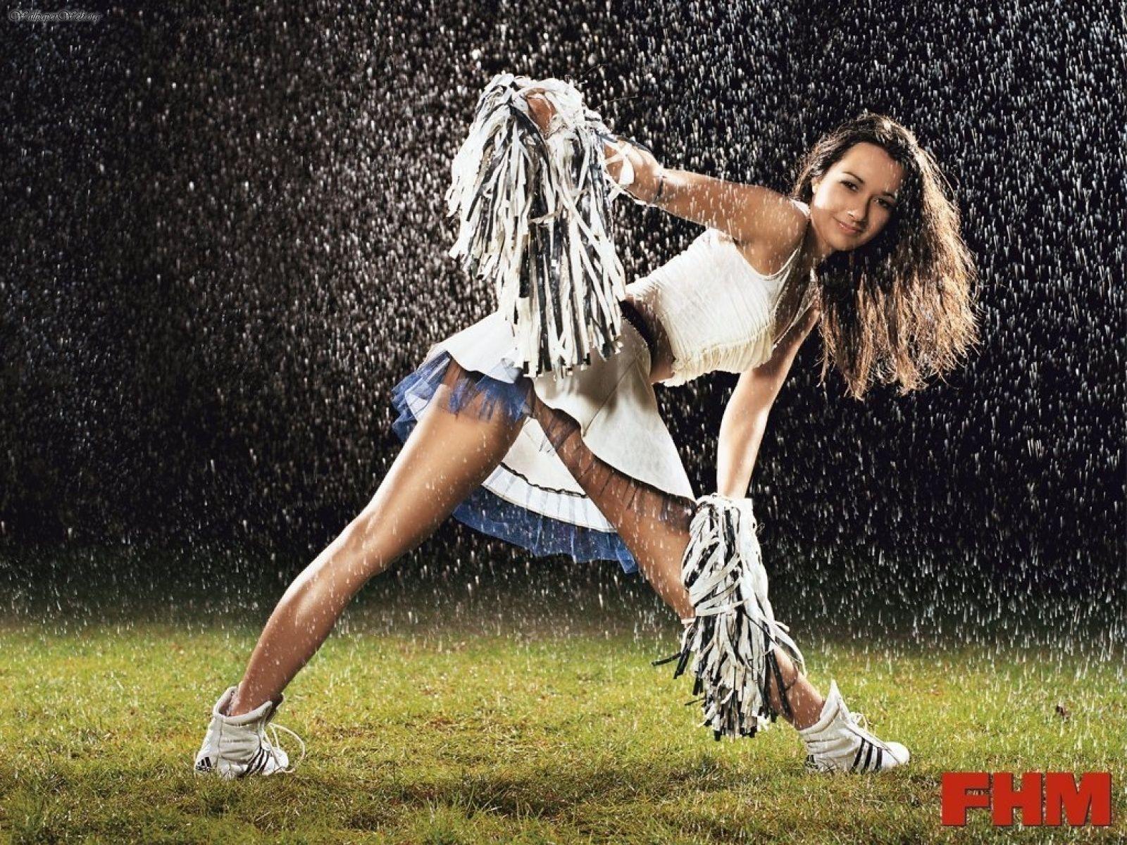wwwwallpaperweborgwallpaperBabes1600x1200FHM  Cheerleaderjpg 1600x1200