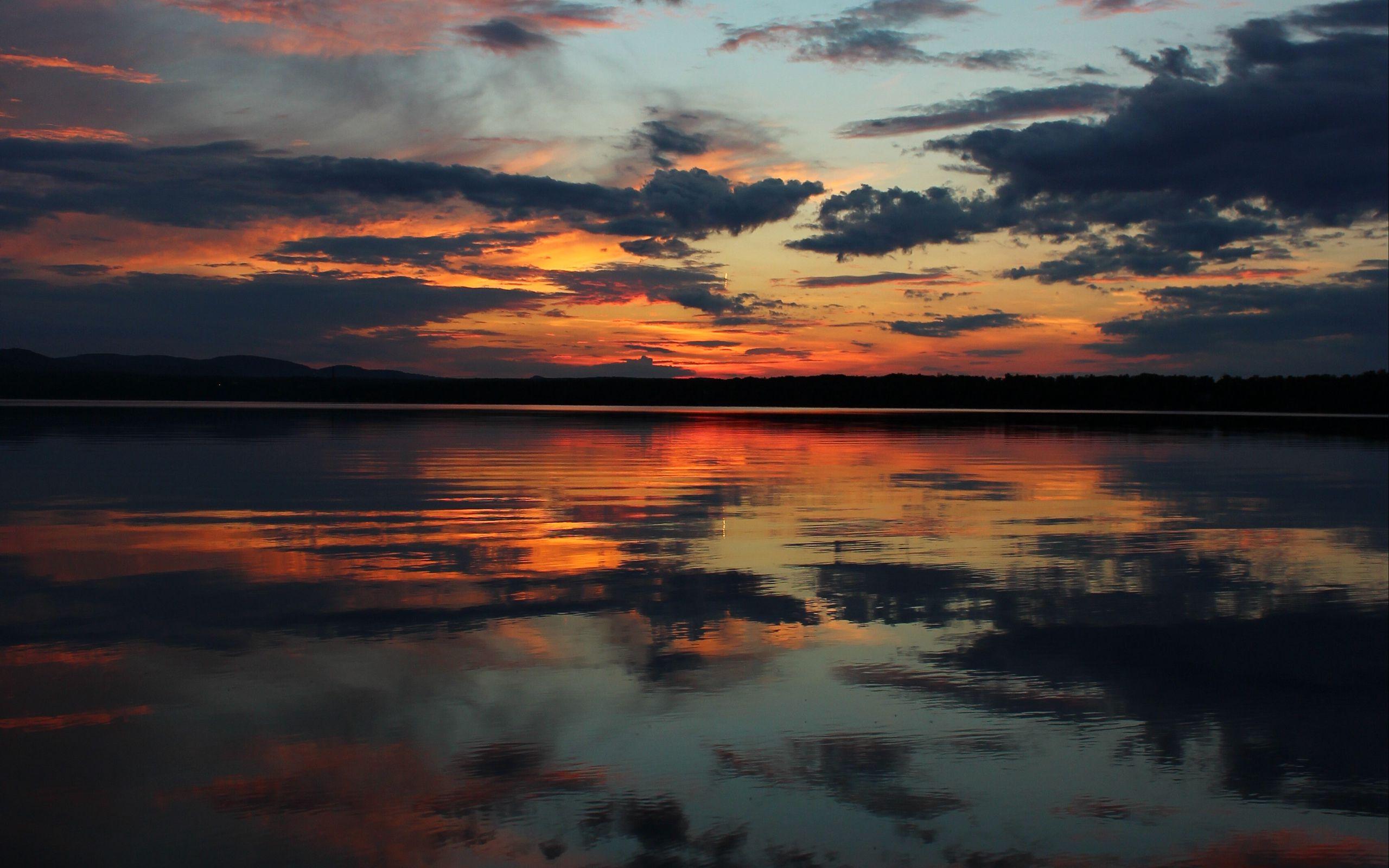 Download wallpaper 2560x1600 horizon sunset sky river 2560x1600