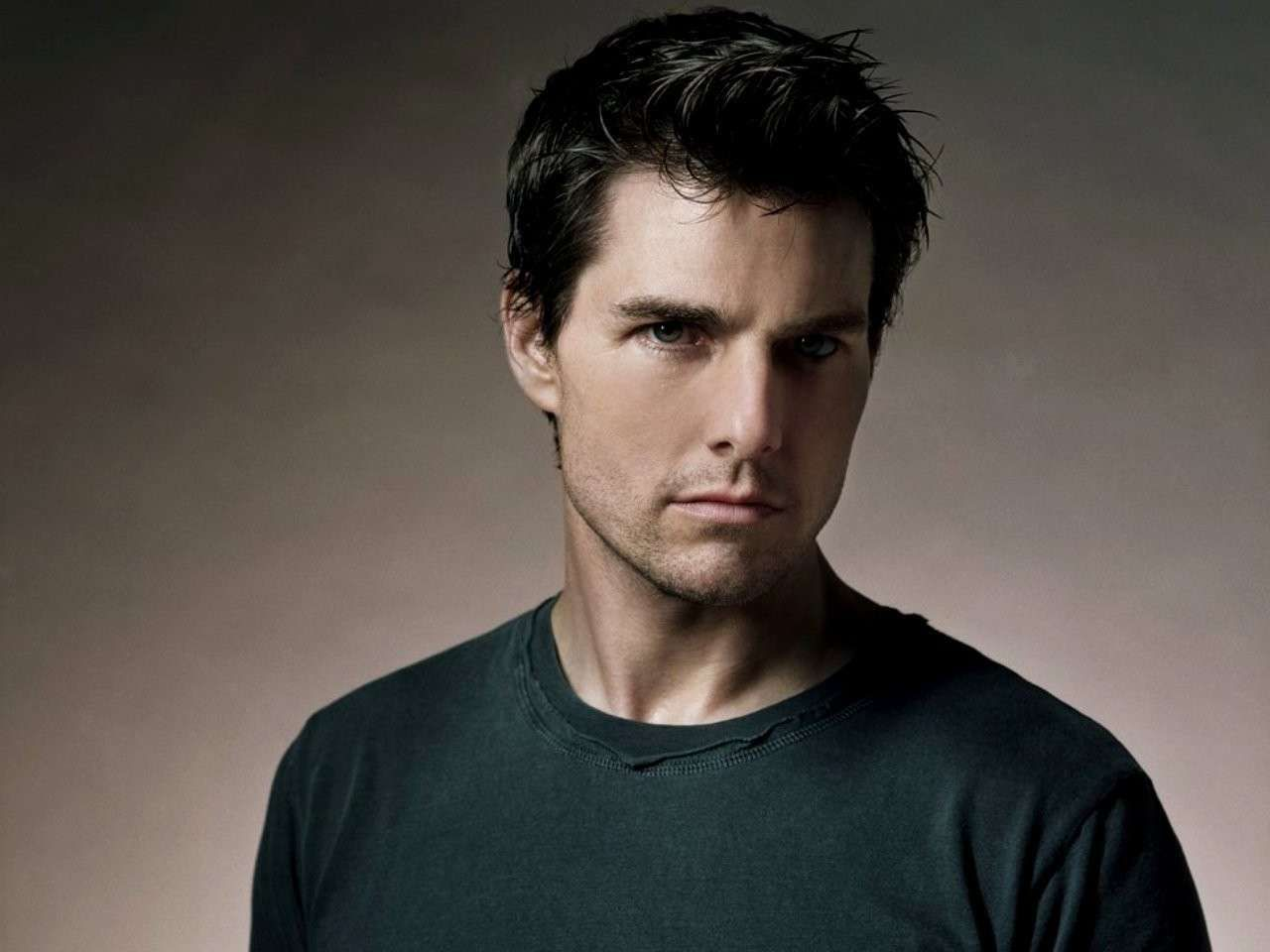 Hollywood actor tom cruise wallpaper 1280x960