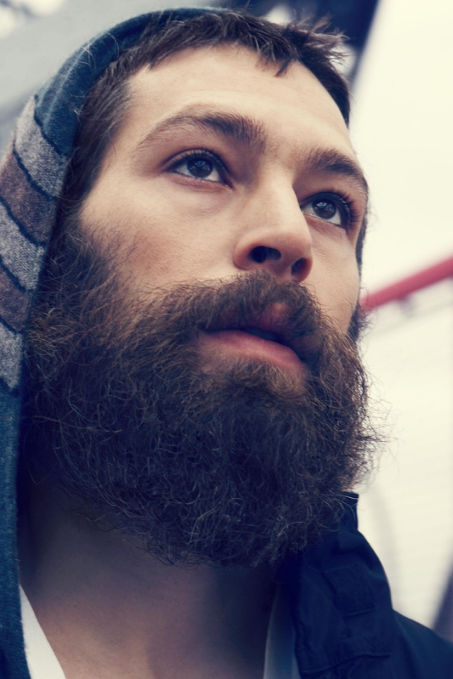 Download Wallpaper 640x960 matisyahu beard face look hood iPhone 640x960