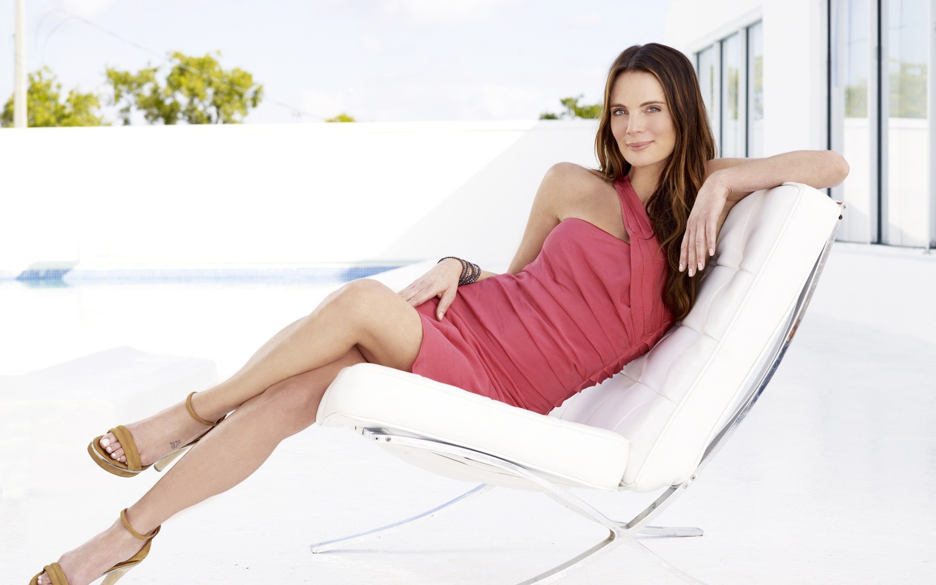 Gabrielle Anwar Wallpapers High Quality Download 1920x1200