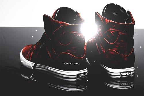 Supra Sneakers iPhone Wallpaper 500x333