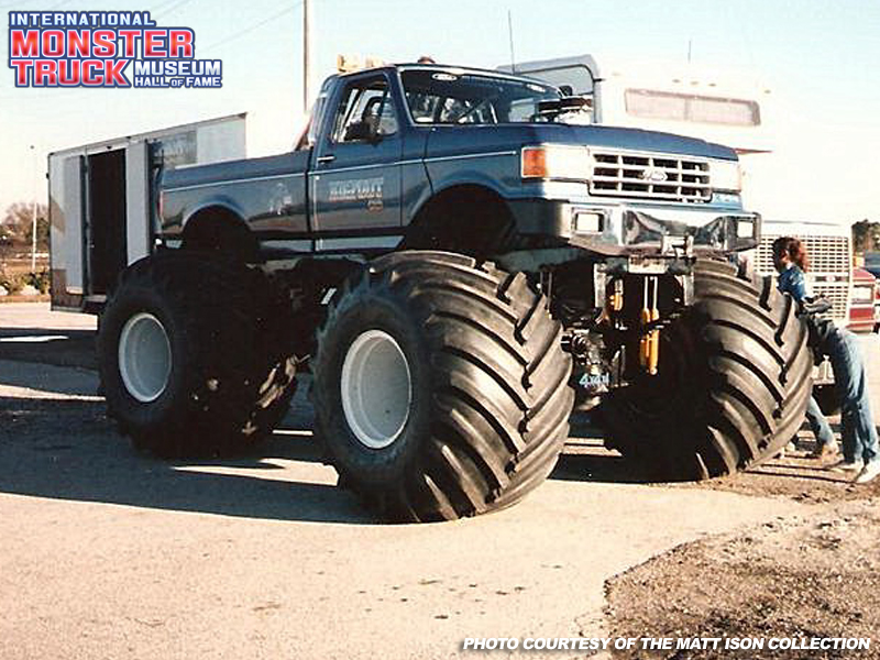 Bigfoot Monster Truck Wallpaper Bigfoot Monster Truck Museum 800x600