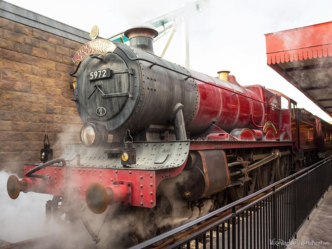 Hogwarts Express Harry Potter Theme Park Wizarding World Harry 1067x800