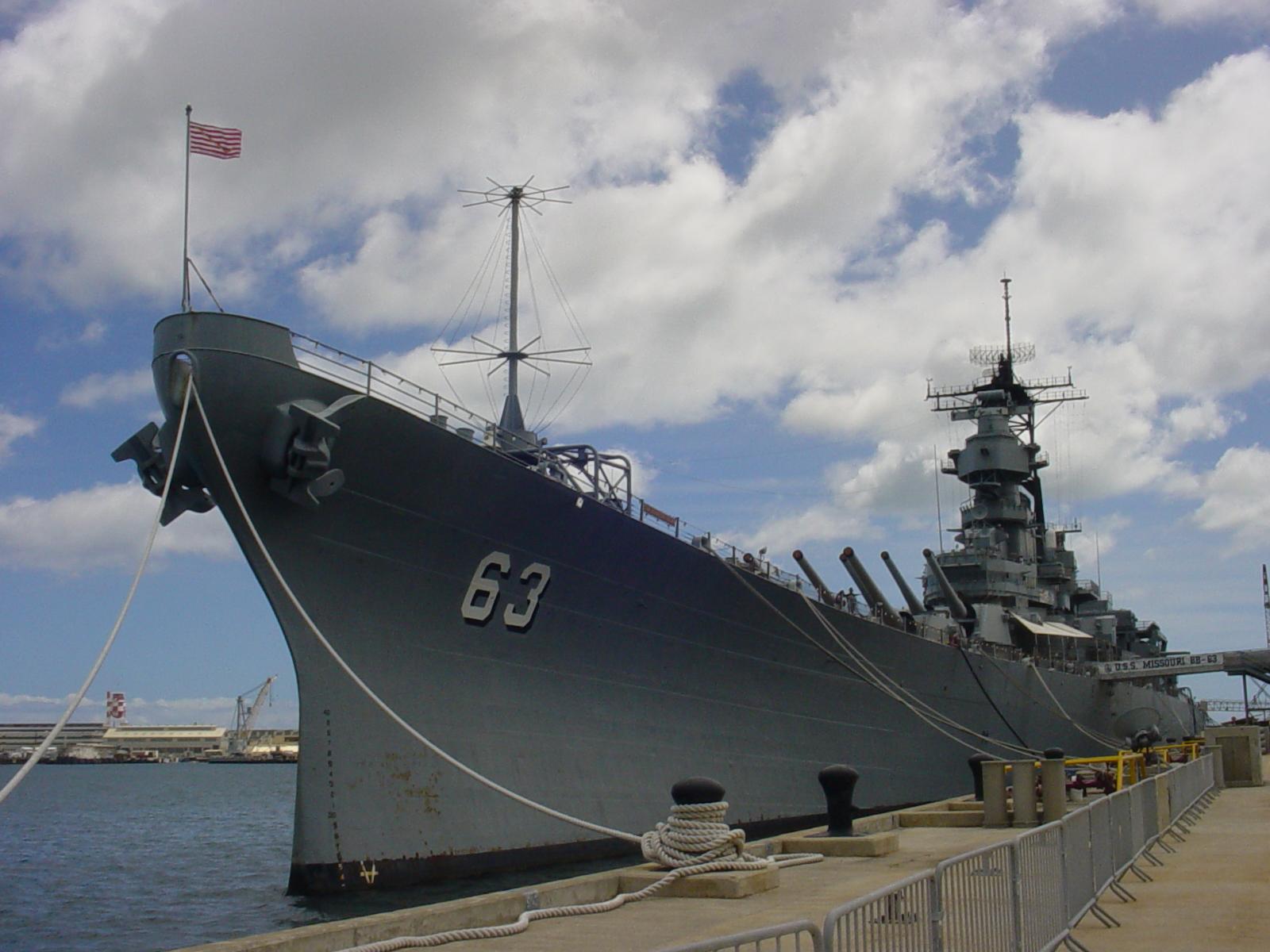 USS Missouri 1600x1200
