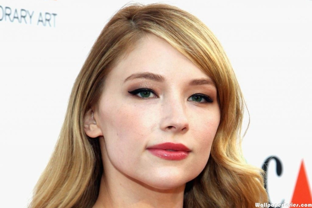 Haley Bennett Wallpaper CloudPix 1200x800