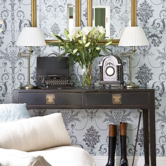 Pale blue wallpaper feature wall Feature walls   10 ideas 550x550