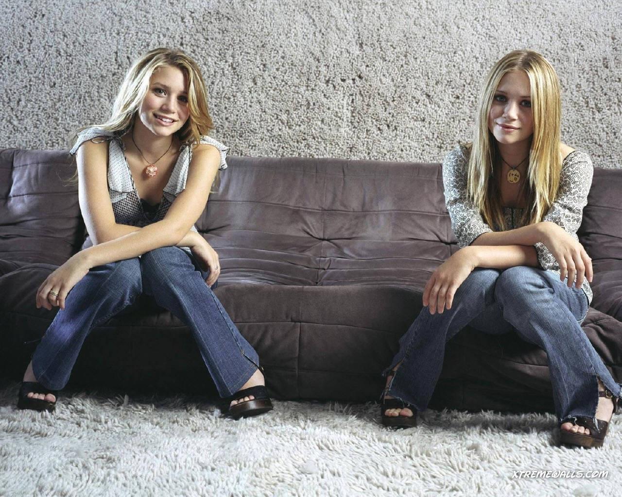 olsen twins wallpaper 1280x1024 hd wallpaper home actress olsen twins 1280x1024