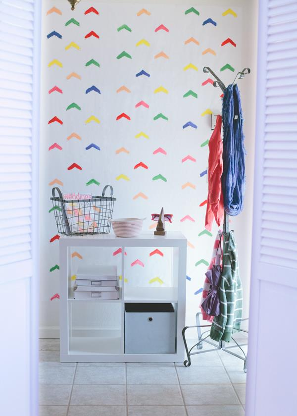 Make your own wallpaper 20 Spaces Featuring Radiant Color in Interior 600x840