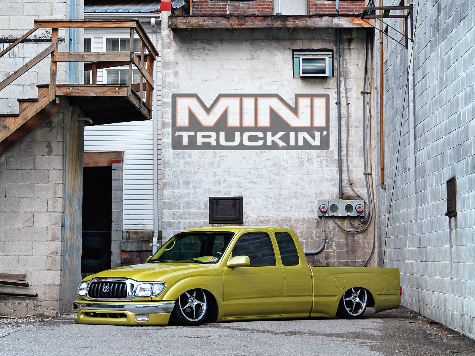 with Mini Truckin Desktop Wallpapers May 2011 1996 Toyota Tacoma Front 1600x1200