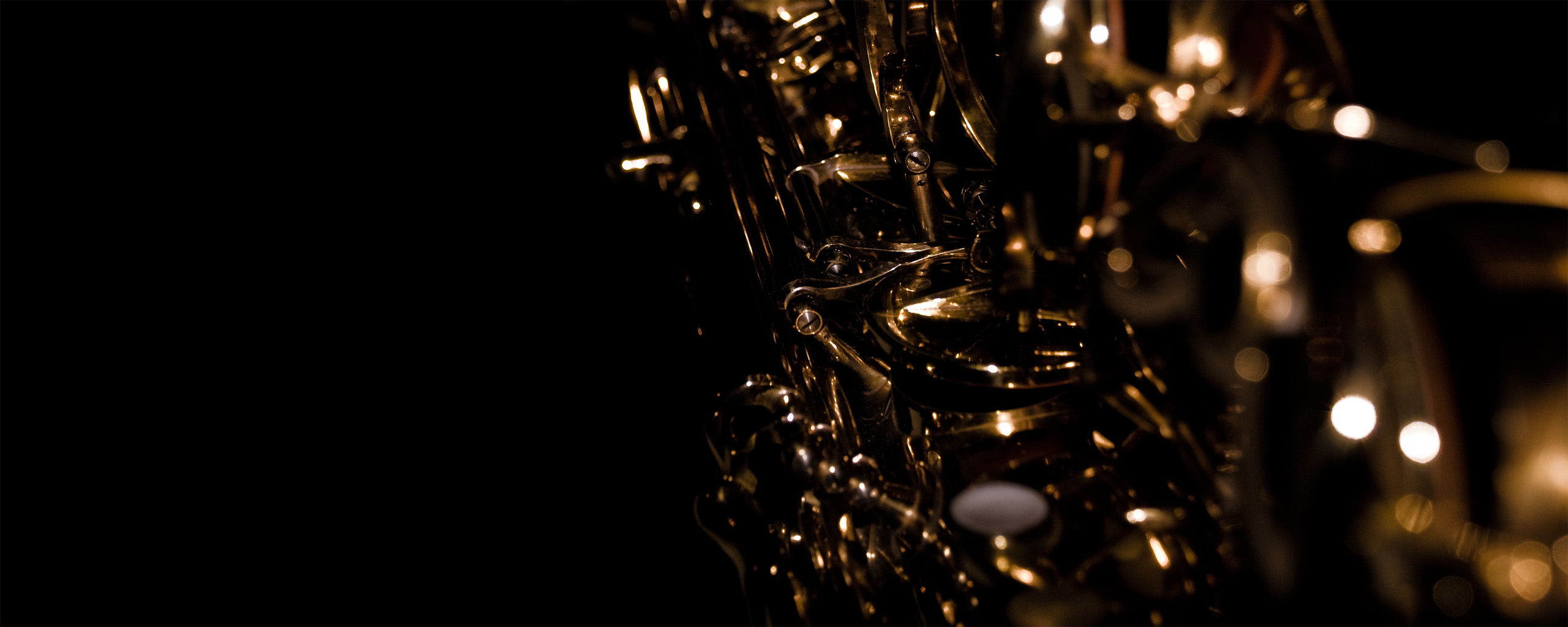 Saxophone Wallpaper 2560x1024