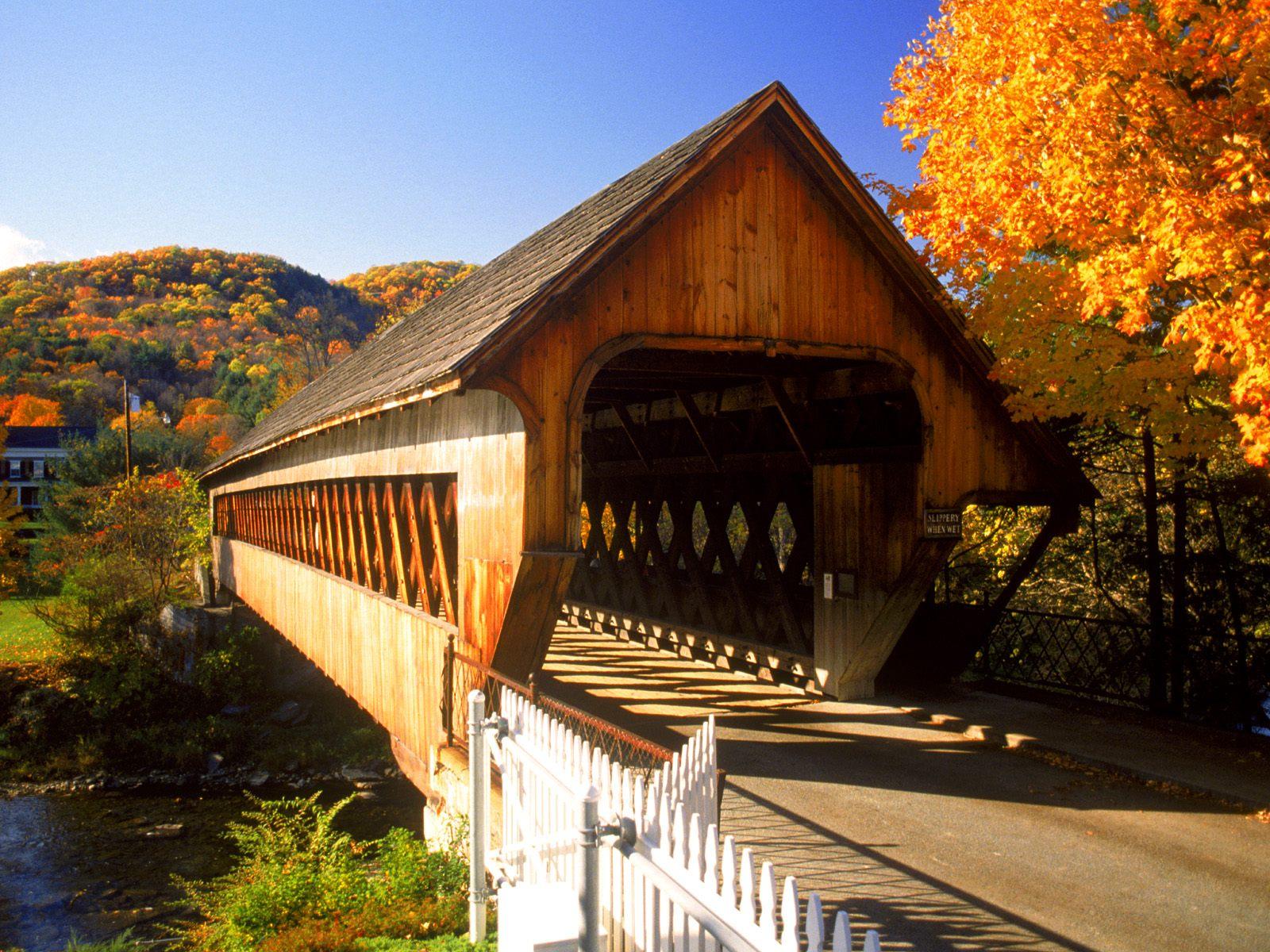 covered bridge desktop wallpaper