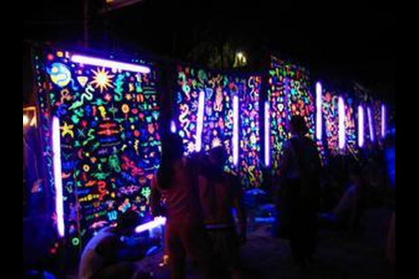 Wall Mural Decoration for Neon Blacklight Glow Party 600x400