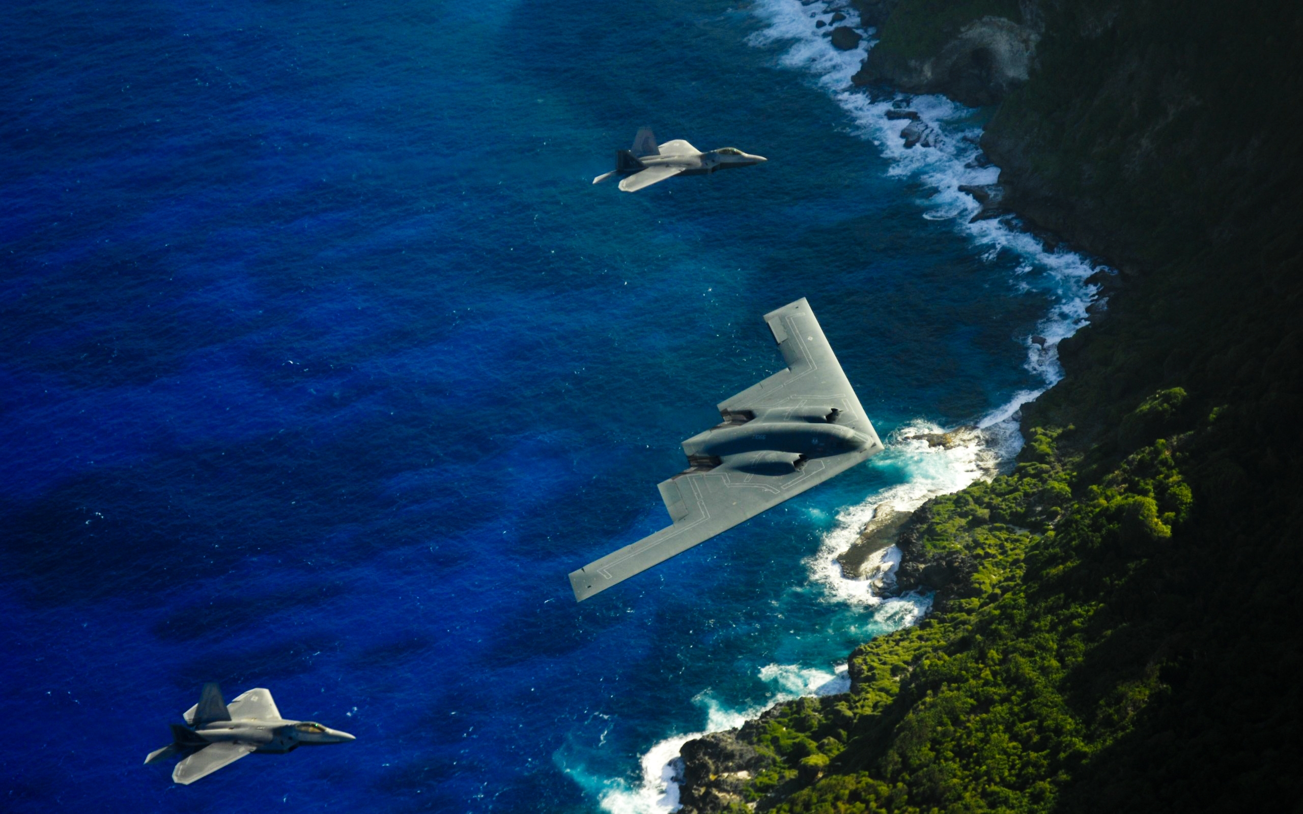beach bomber stealth bomber planes b2 spirit 2560x1700 wallpaper Art 2560x1600