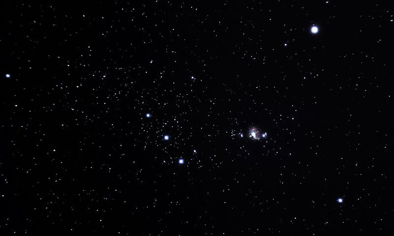 Orion Constellation Nebula M42 by Max Kas 800x480