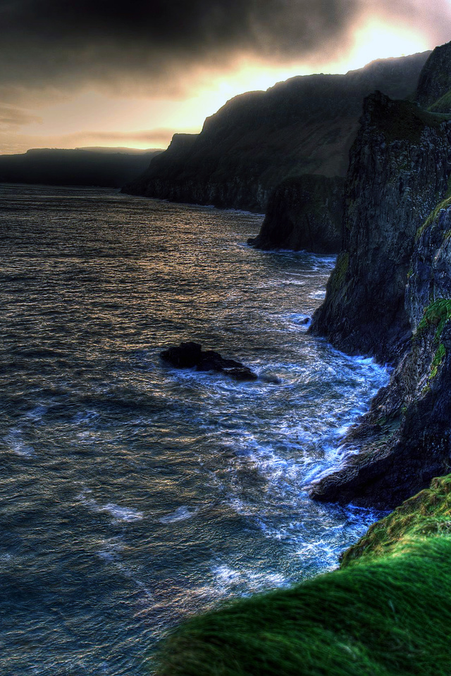 The wallpaper of amazing coastline of Ballintoy in Northern 640x960