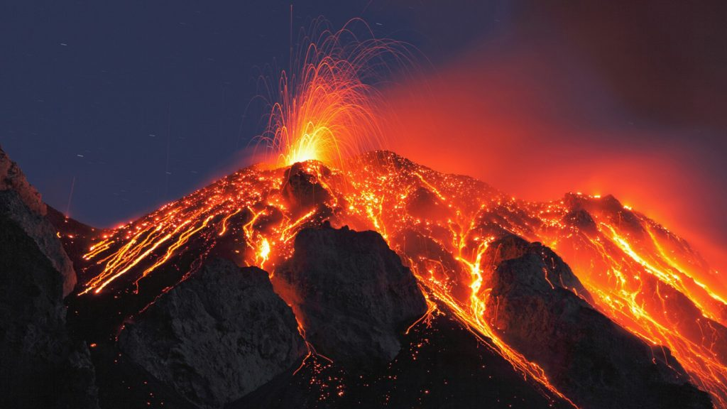 spectacular eruption in Stromboli Italy Image via Places Under the 1440x810