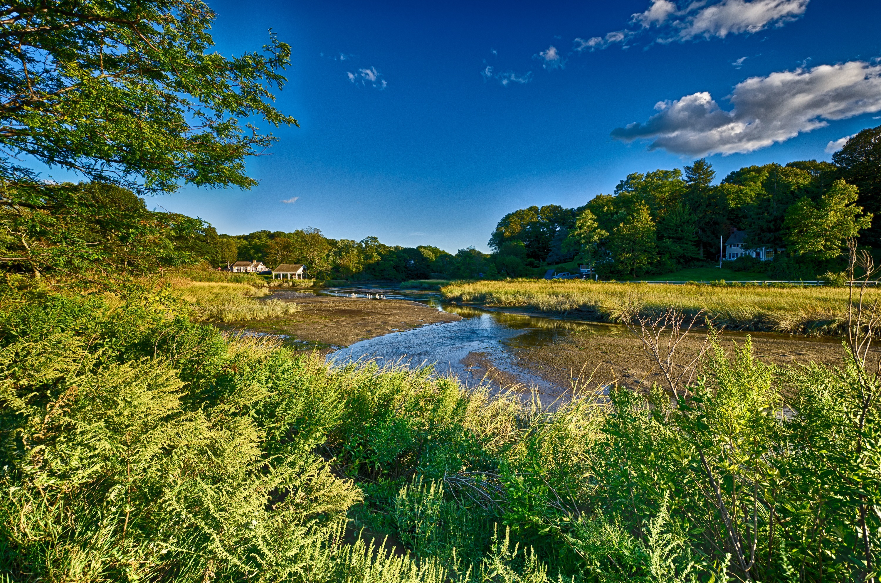 Long island new york landscape sky clouds trees river grass 3000x1986