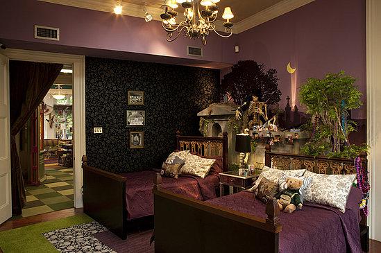 Skull Wallpaper and Carpet on The Real World New Orleans POPSUGAR 549x365