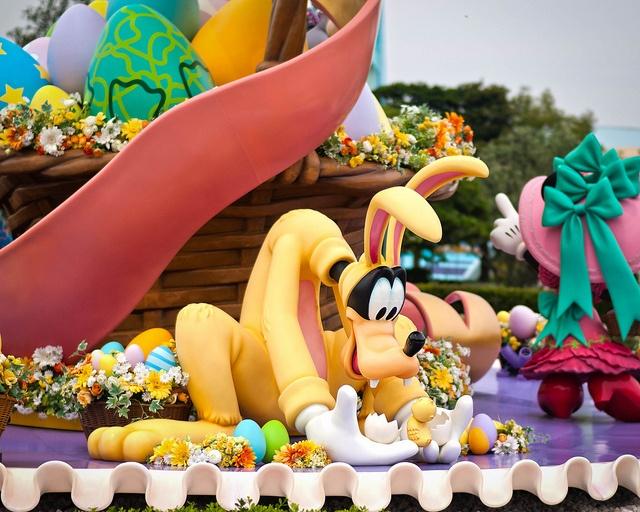 easter at disneyland Wonderful World of Disney Pinterest 640x512