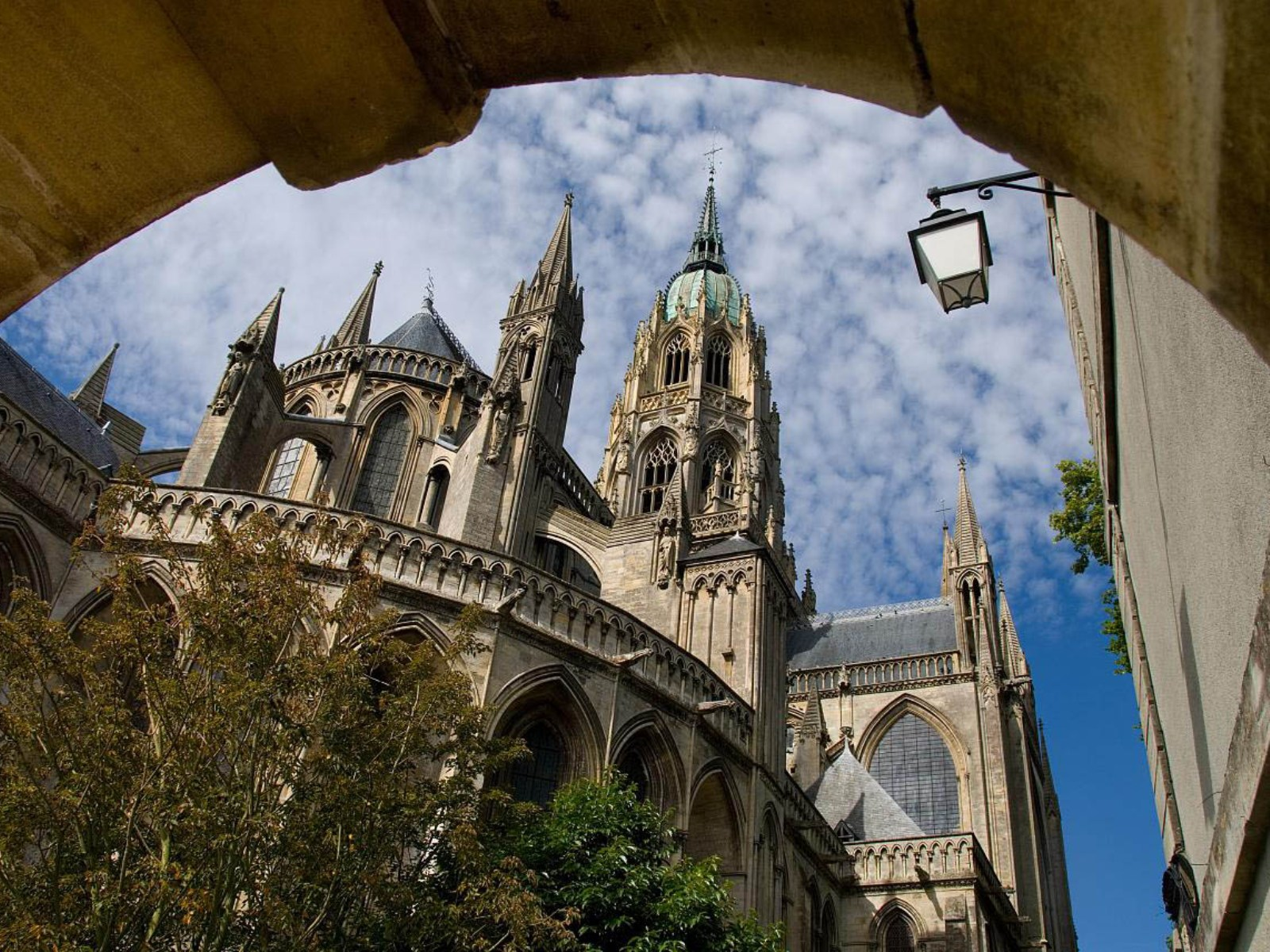 Notre Dame Vacation WallpapersNotre Dame Wallpapers Pictures 1600x1200