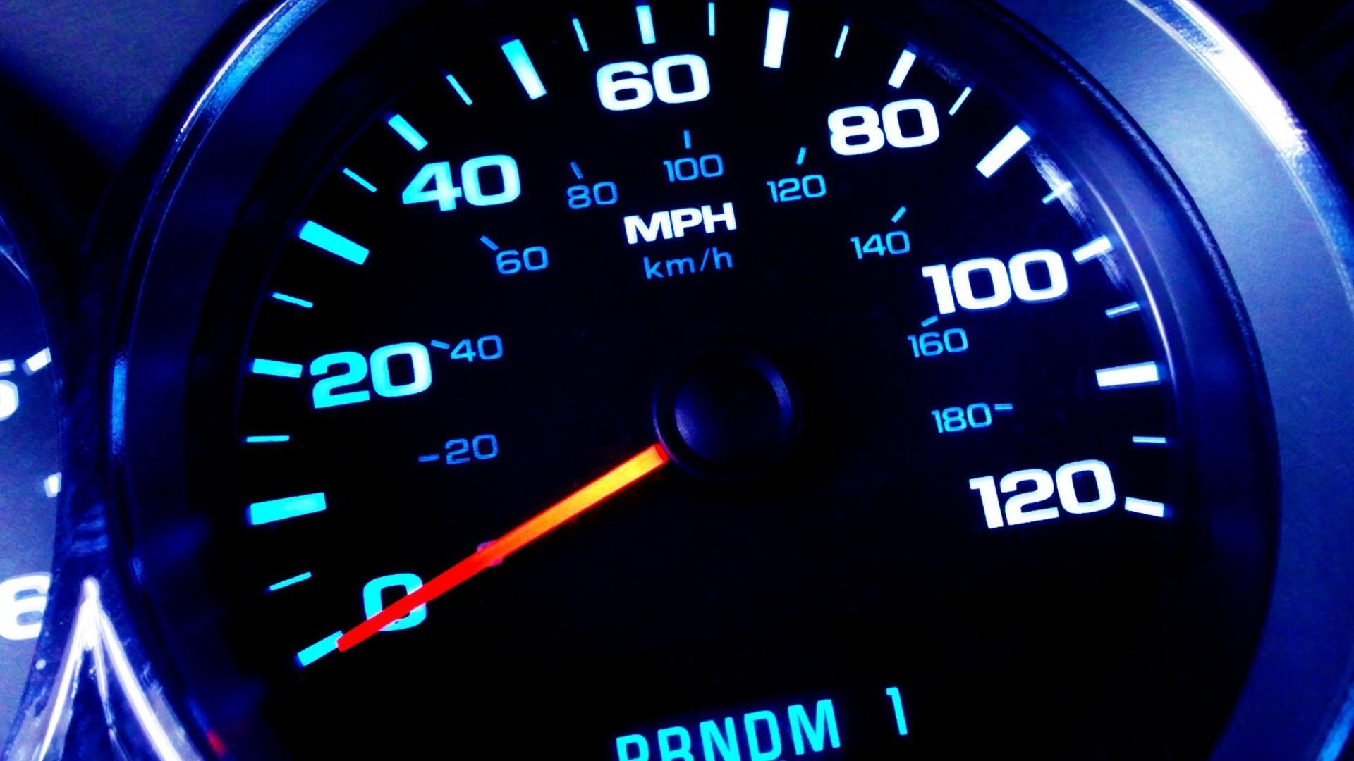 спидометр speedometer  № 2611096 без смс