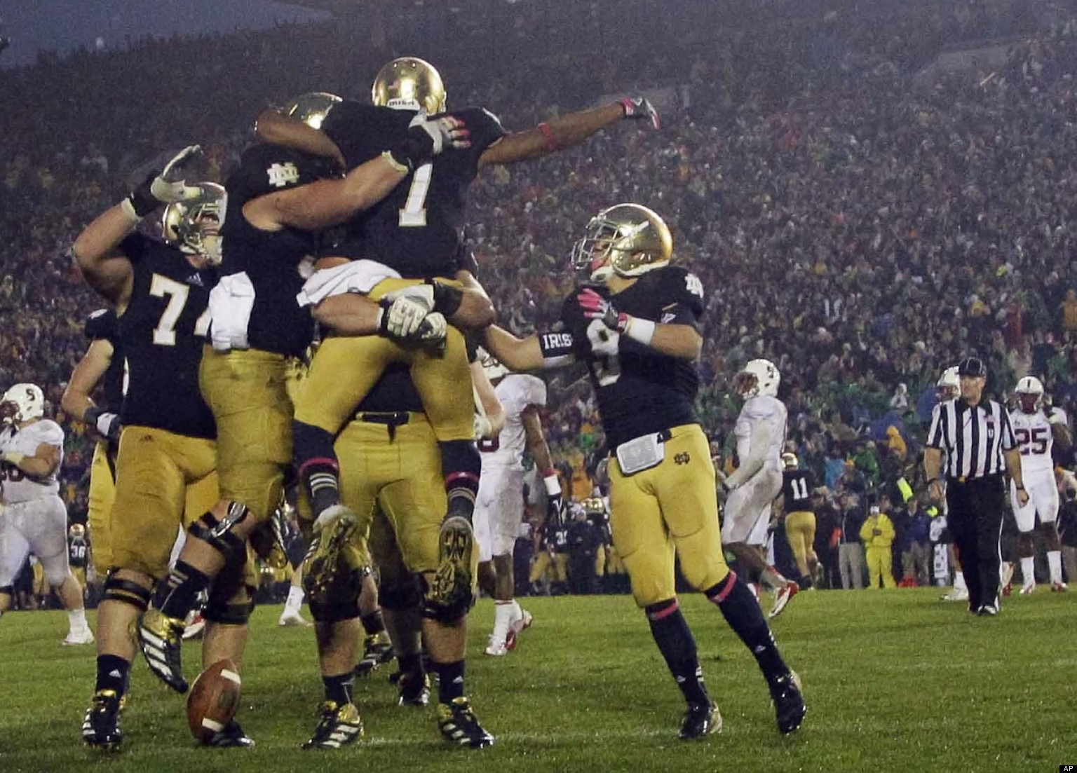 Notre Dame Football Download HD Wallpapers 1536x1103