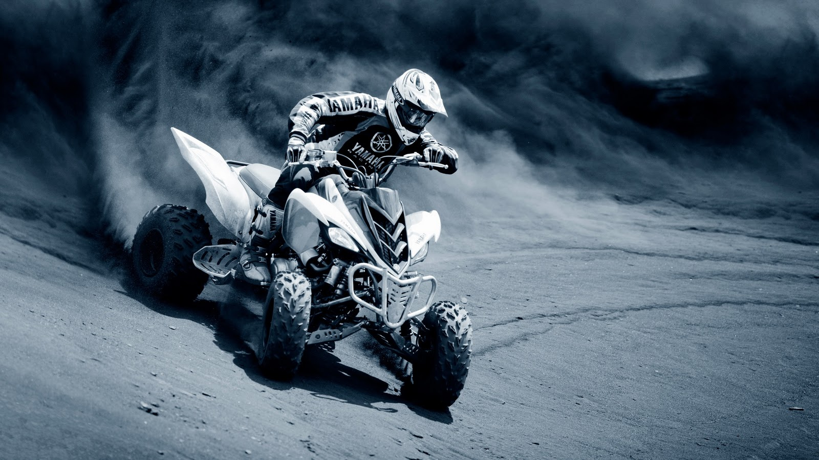 WongSeng HD Wallpapers Cool ATV Sand Drift HD Wallpaper 1600x900