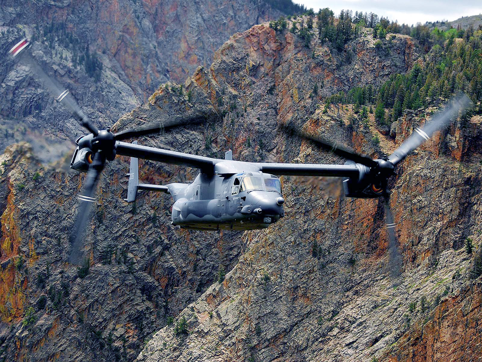 US Army Helicopter computer desktop wallpapers pictures images 1600x1200