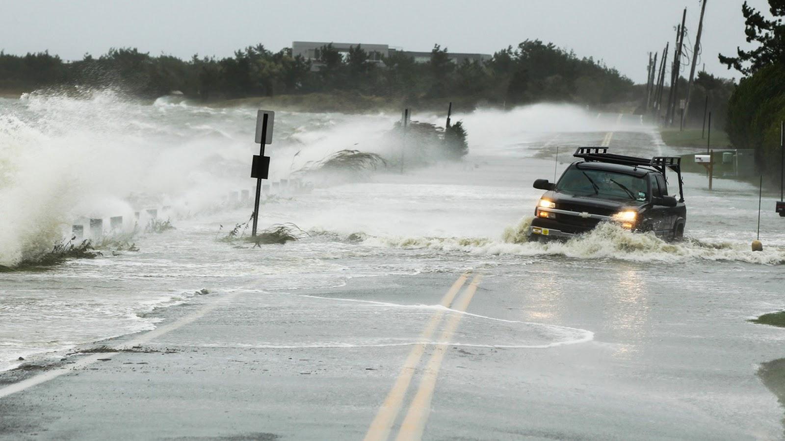 HD WALLPAPER sandy hurricane storm HD images photos 1600x900