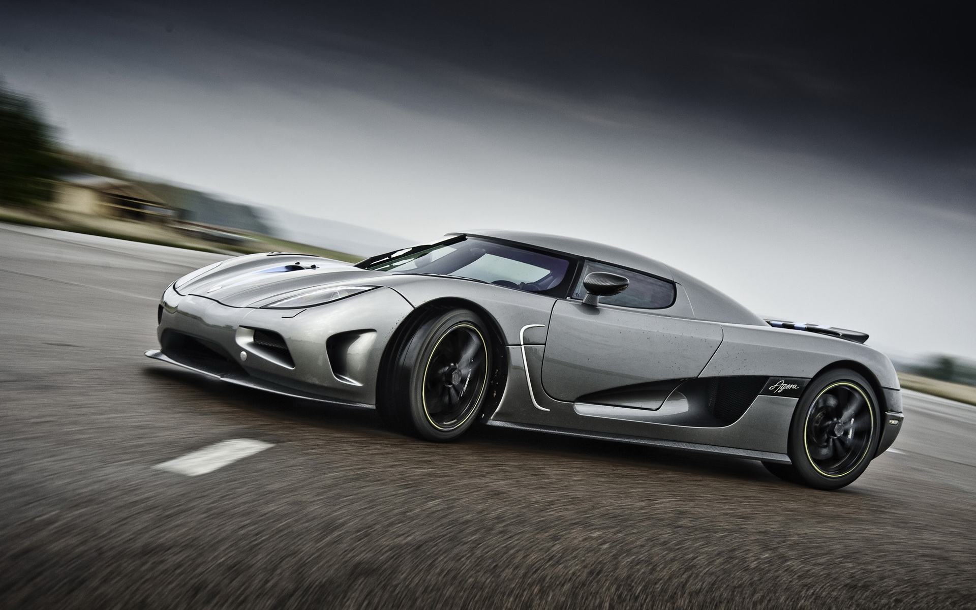 Koenigsegg Agera wallpapers and images   wallpapers pictures photos 1920x1200