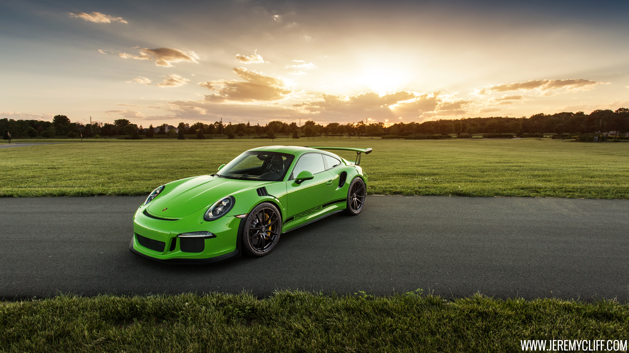 Porsche 911 GT3 Wallpapers and Background Images   stmednet 2048x1152