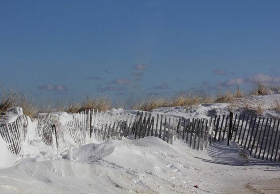 Winter Beach Scenes Winter beach scenes 570x395