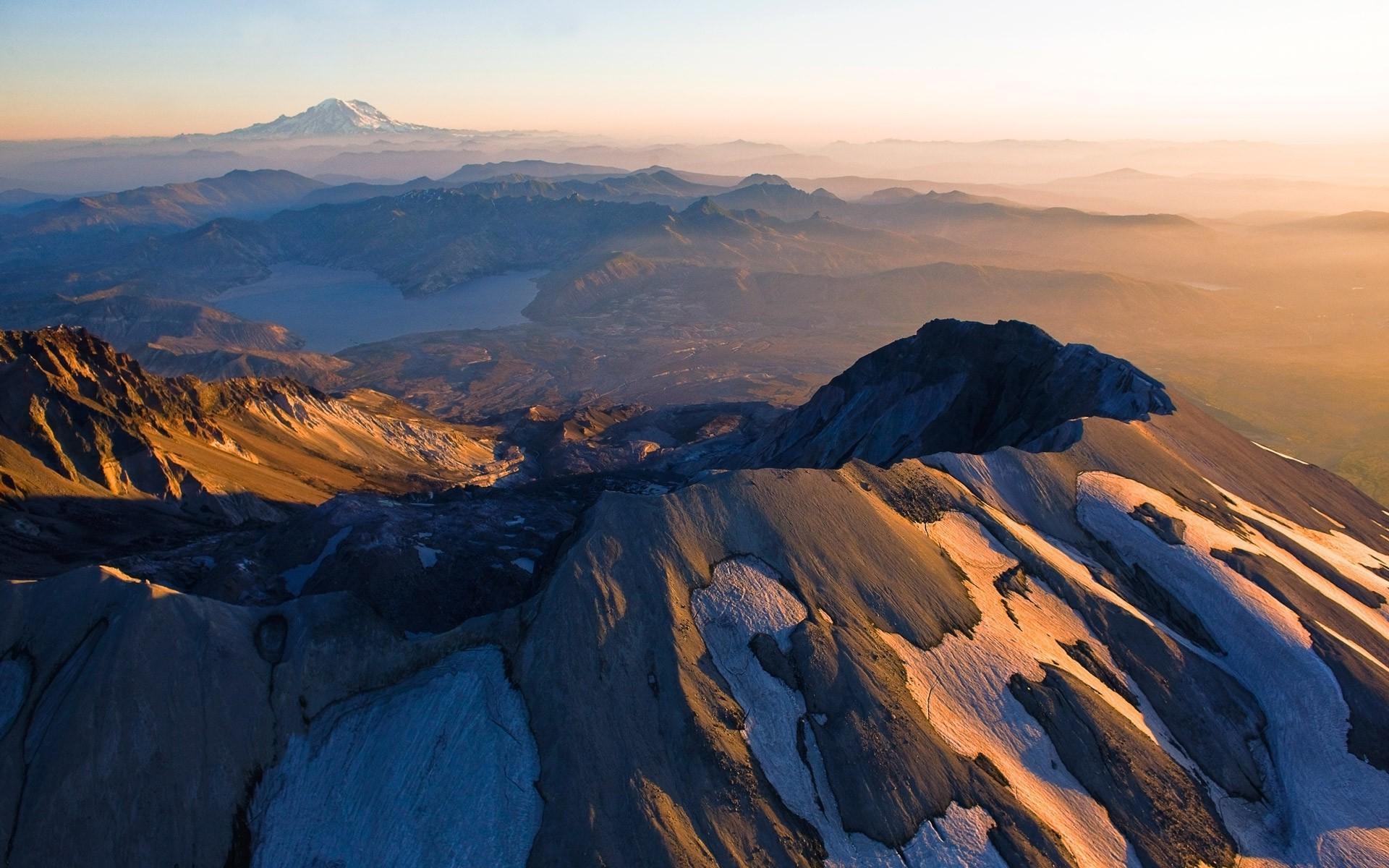 mountain Mount St Helens Sunrise Lake Snowy Peak Mist 1920x1200
