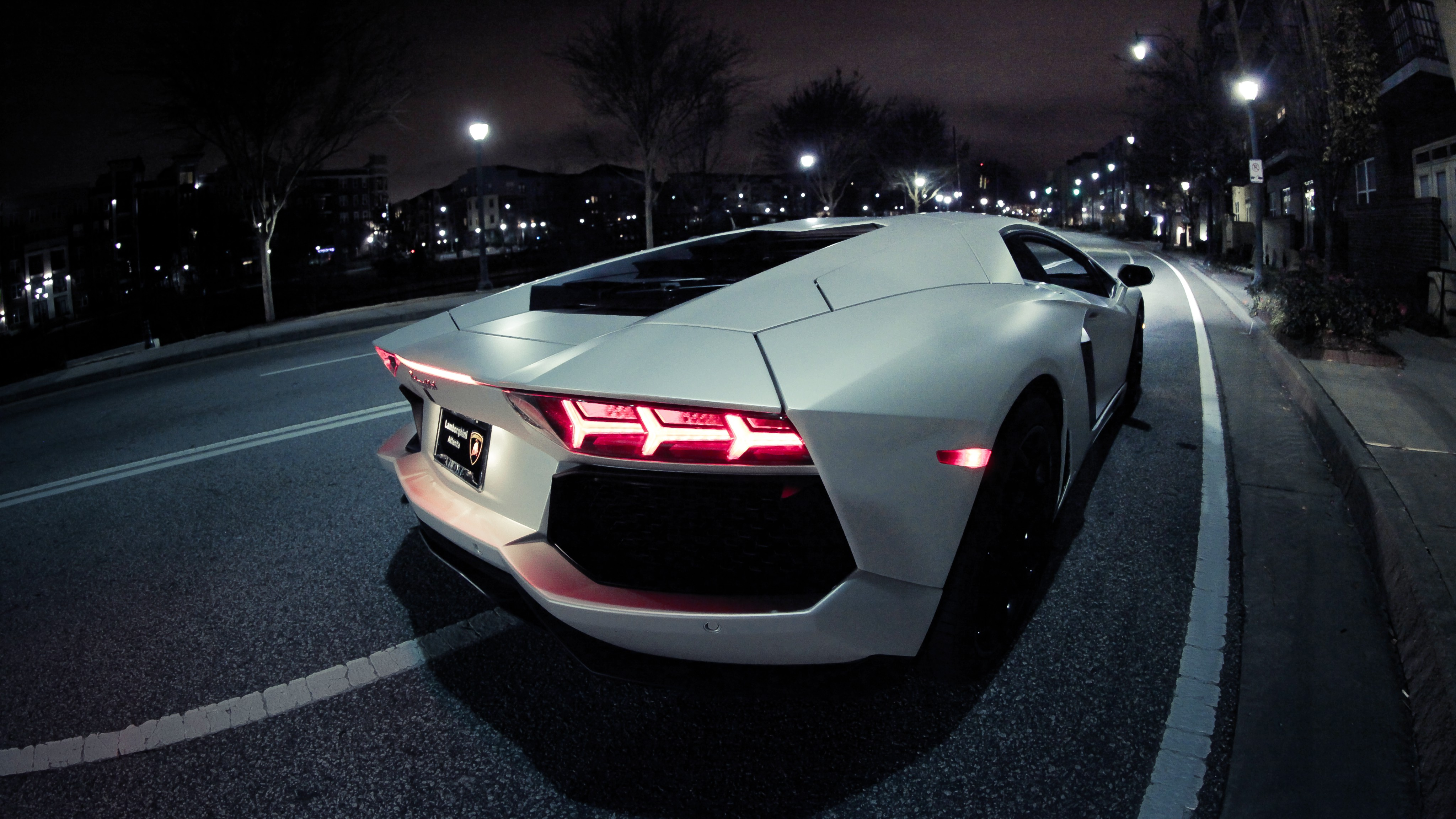 Lamborghini White Wallpapers HD 4096x2304