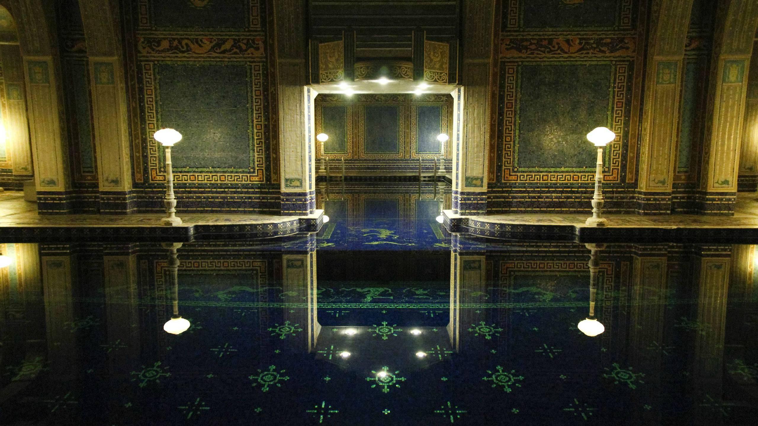 BOTPOST] The Hearst Castle Indoor Roman Pool at Night iimgurcom 2560x1440