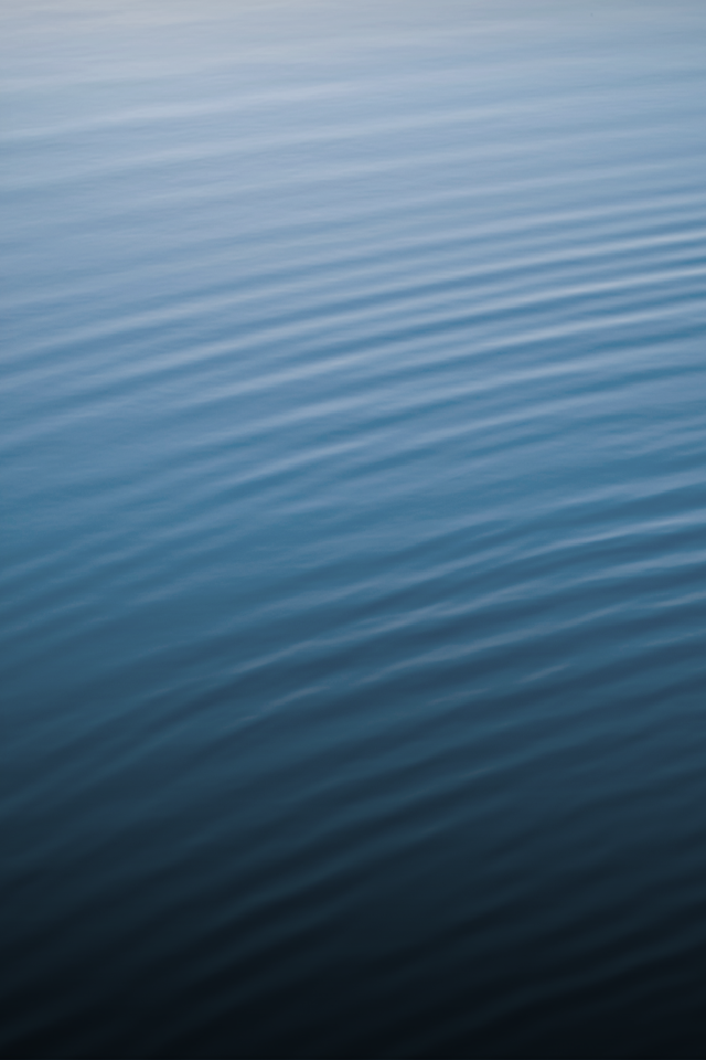 iOS 6 Get the New iOS 6 Default Wallpaper Now Rippled Water 640x960