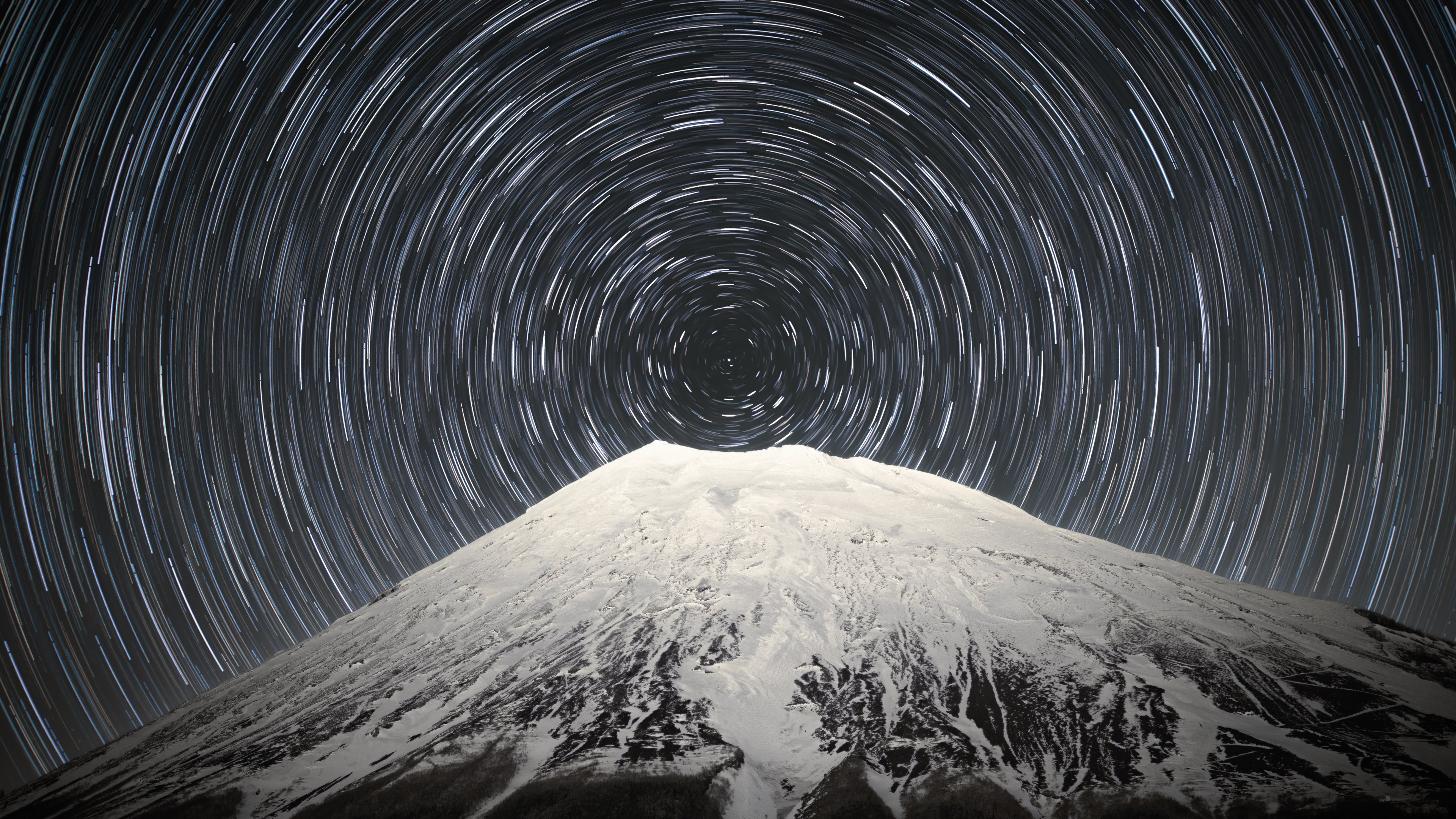 Sky full of stars above Mount Fuji Wallpapers HD Wallpapers 3840x2160
