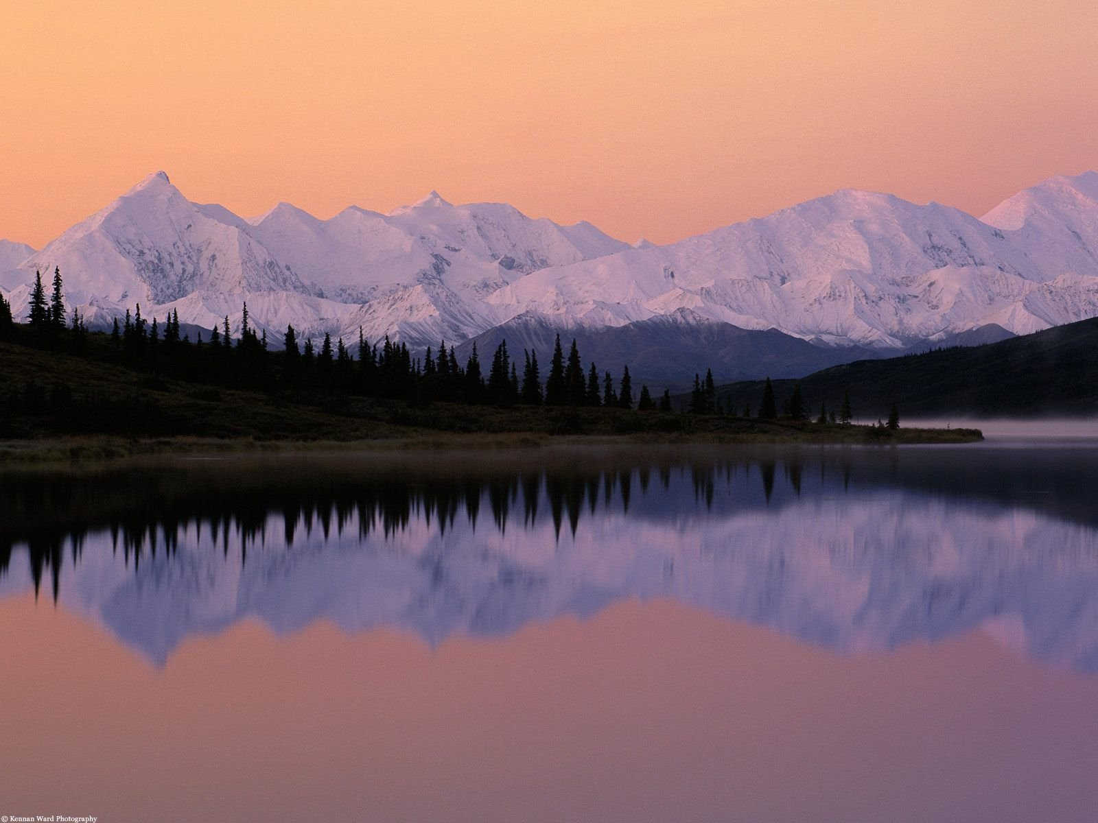 desktop wallpaper Alaska Denali Wonder Lake 100463 1600x1200
