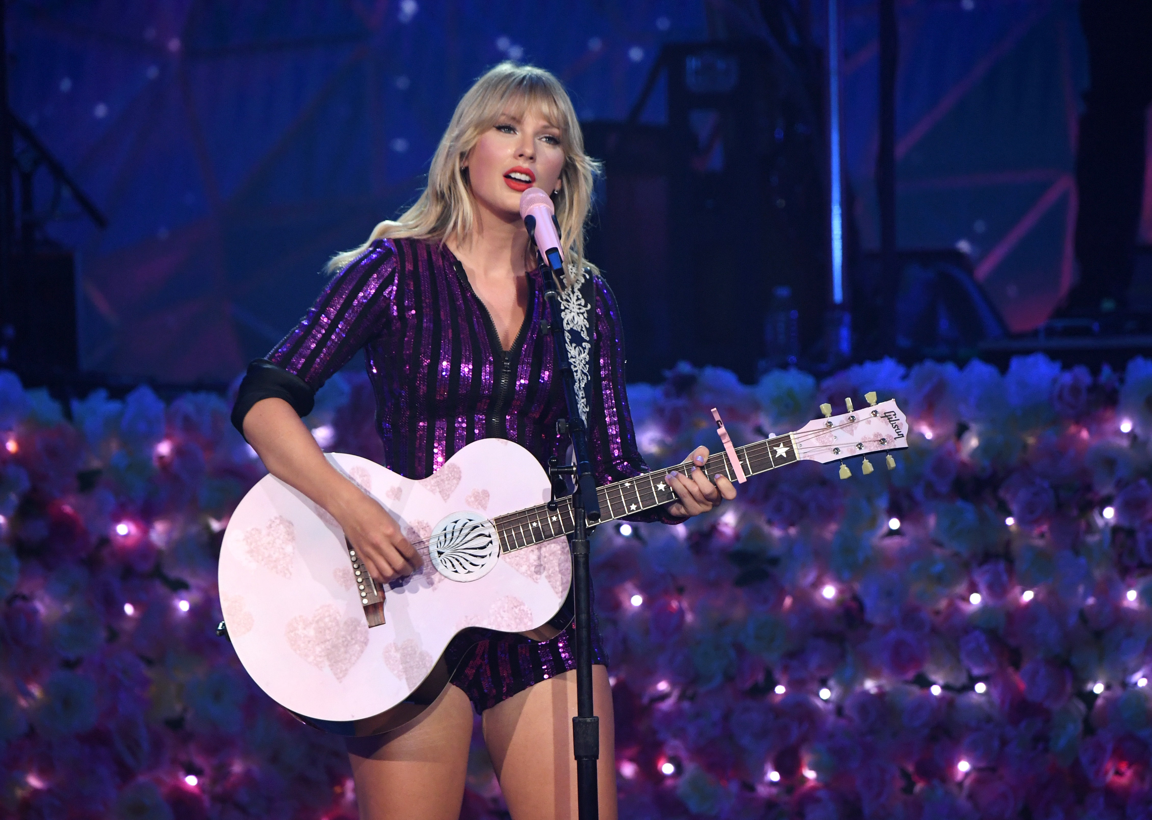 Taylor Swift Folklore Album Review Breaking Down All the 4518x3216