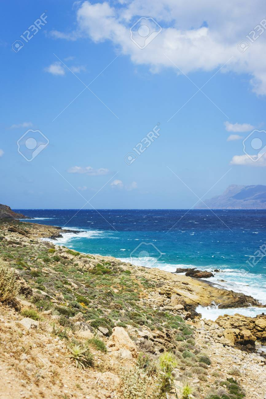 Vacation Travel Wallpaper Beautiful Seascape With Blue Sea Waves 866x1300
