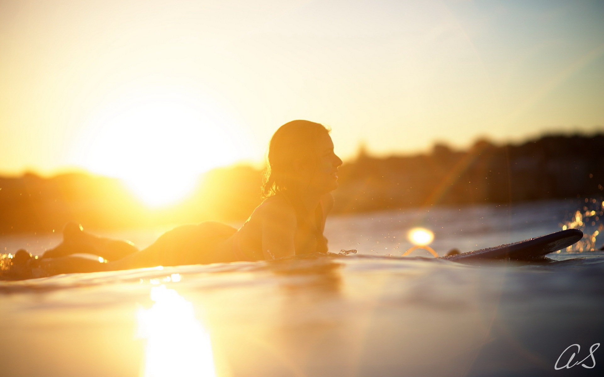 Board light girl sport surfing wallpaper 1920x1200 177757 1920x1200