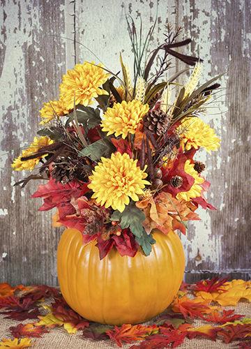 Pumpkin And Flower Fall Wedding Centerpiece 360x500