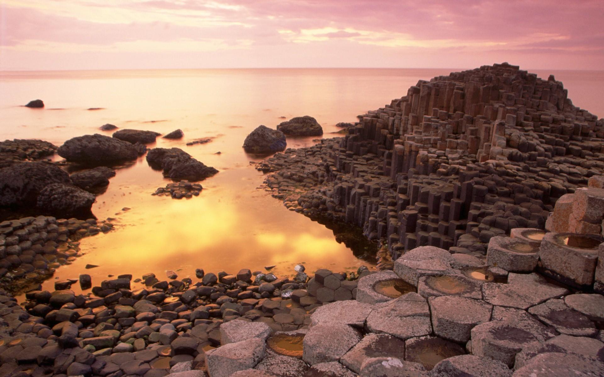 Beautiful Giants Causeway Nature Photo of Antrim Northern Ireland 1920x1200
