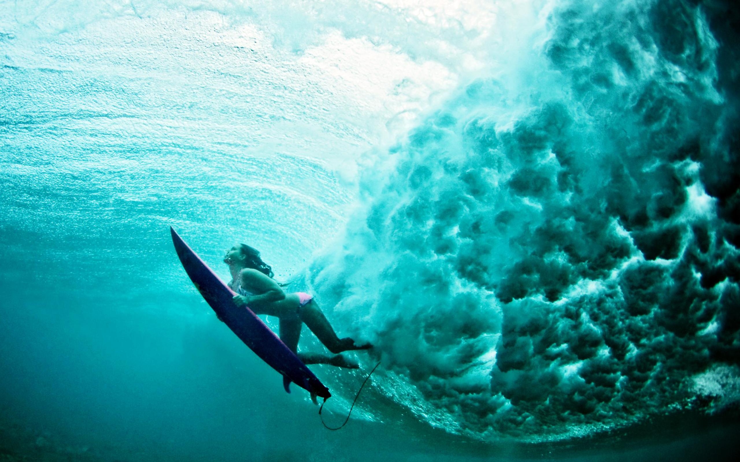 terralonginqua Underwater surf girl wallpaper 2560x1600
