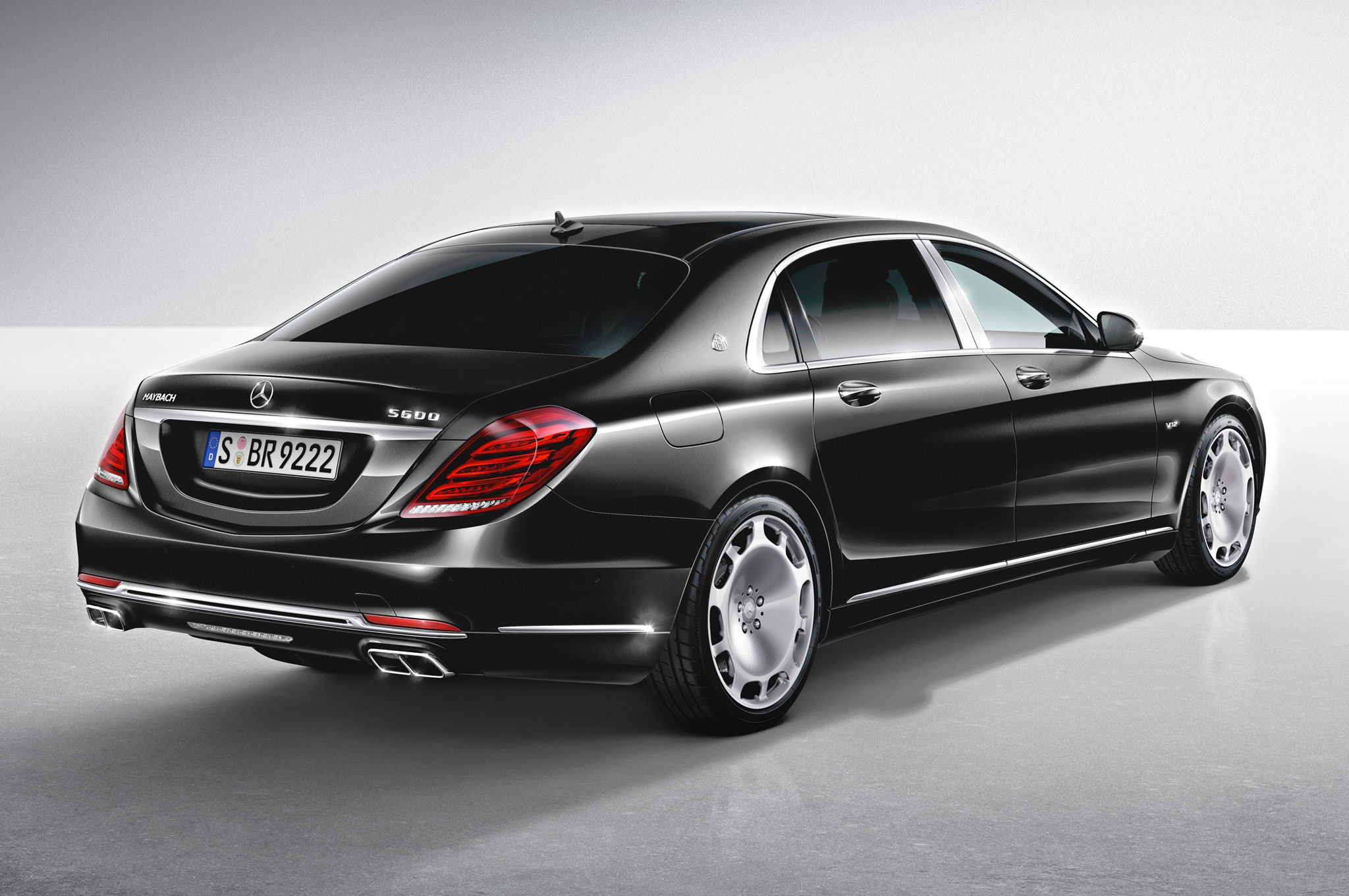 Mercedes Maybach S600 HD wallpapers download 2048x1360