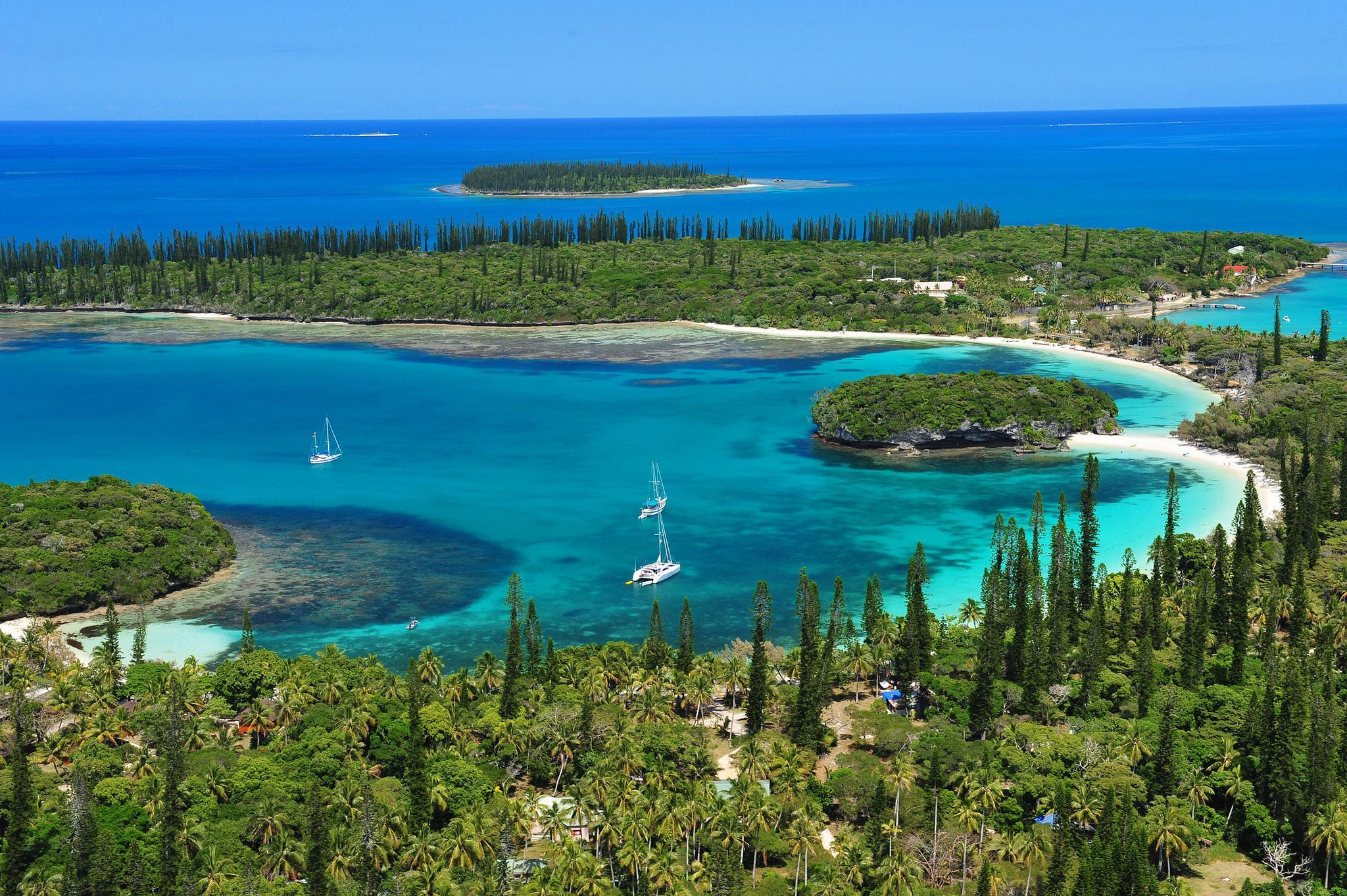 New Caledonia South Pacific HD desktop wallpaper Widescreen 2048x1363
